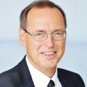 Tretter Hannes - Jurist und Menschenrechtsexperte, außerordentlicher Universitätsprofessor für Grund- und Menschenrechte am Institut für Staats- und Verwaltungsrecht der Uni Wien.